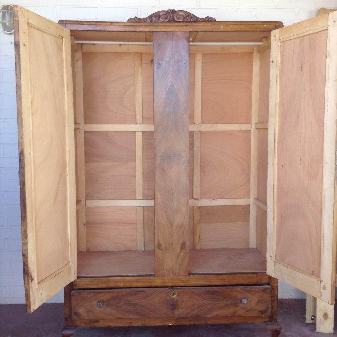 armario antes interior
